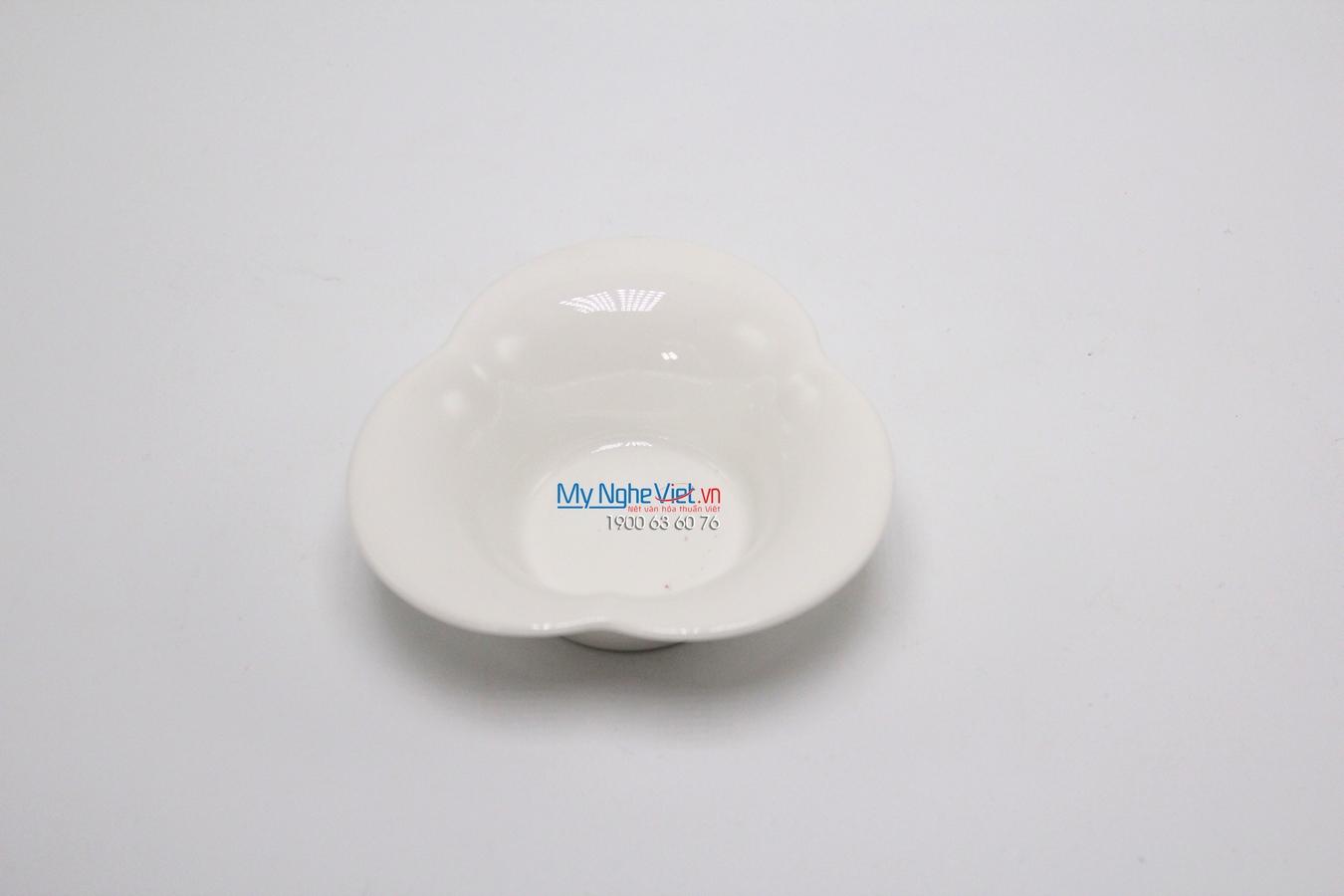 Chén cánh hoa 10 cm trắng ngà - MNV - 031042000